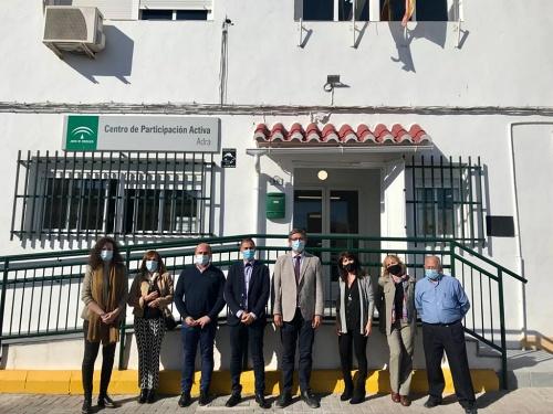 El delegado de Igualdad visita el Centro de Participación Activa de Adra