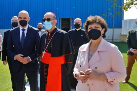 El Cardenal Omella visita Huércal Overa y Olula del Río