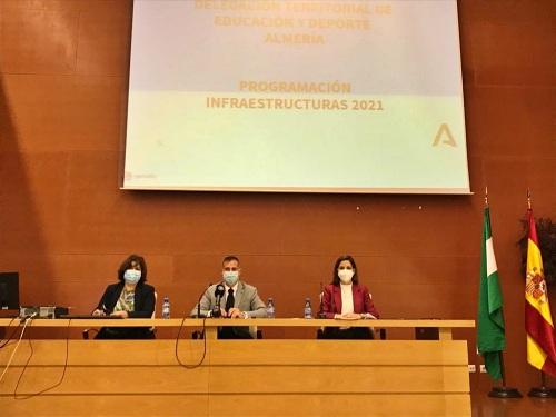 Educación impulsa el mayor plan de bioclimatización y renovables en Almería con 11 millones
