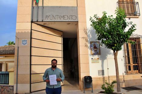 El alcalde de Zurgena dijo que les habían negado una subvención que no había pedido