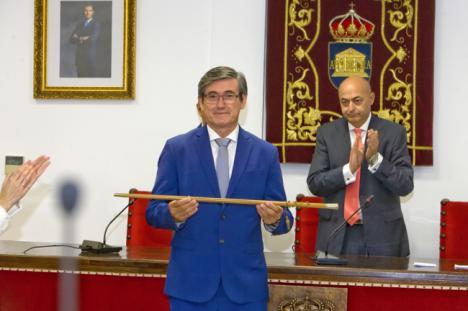 Manuel Cortés elegido alcalde de Adra por mayoría absoluta