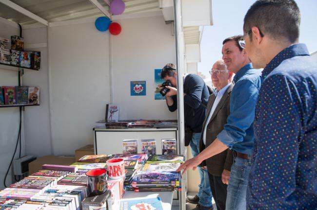 Diputación presente en la Feria del Libro de Roquetas de Mar