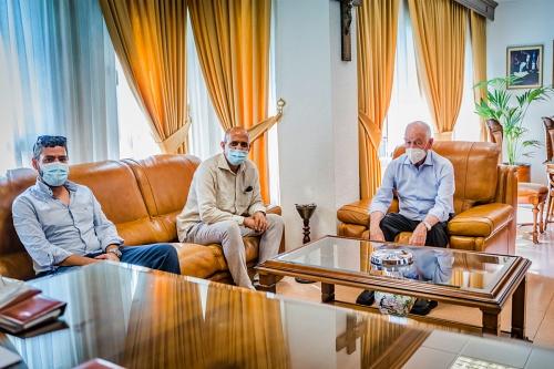 El alcalde de Roquetas recibe al delegado del Frente Polisario en Andalucía