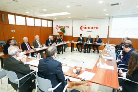 La Diputación de la bienvenida a las Cámaras de Comercio andaluzas