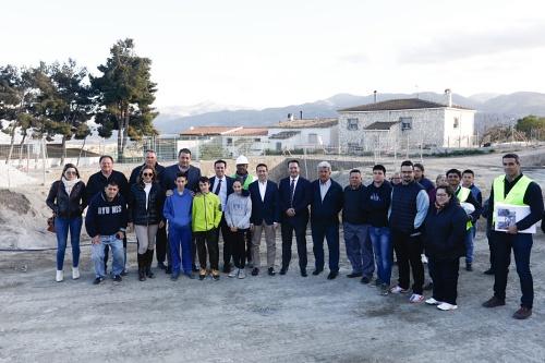 Diputación instala piscina y vestuarios en 'El Higueral' de Tíjola