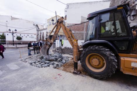 La transformación de la Plaza de España se convertirá en eje de Olula del Río