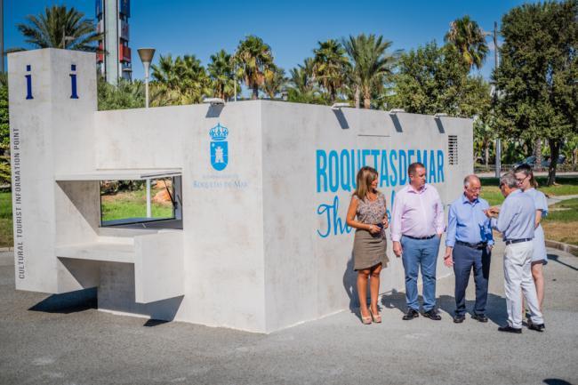 Roquetas refuerza la información turística y cultural con cinco espacios