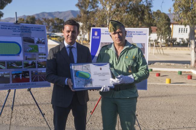 Diputación le construirá a la Legión una pista de atletismo y un campo de rugby