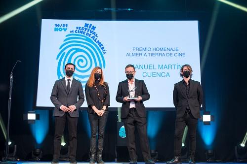 Kiko Medina y Martín Cuenca homenajeados en la Gala Audiovisual Almeriense