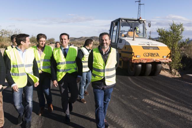 Diputación renueva más de 2,1 kilómetros de la AL-8100 entre Oria y Granada