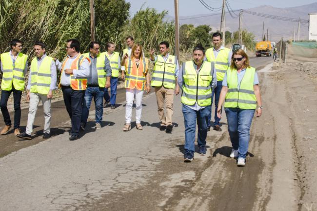 El Plan de Caminos de Diputación mejora las vías rurales de Níjar