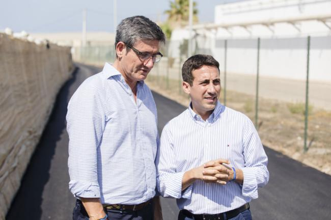 Adra mejora casi 5 kilómetros de vías rurales gracias a Diputación