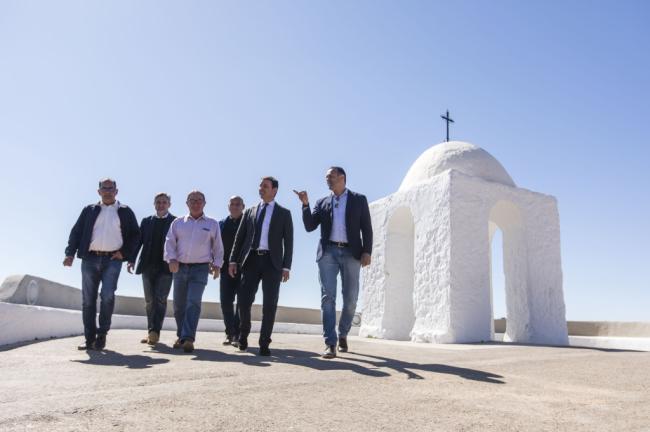 El Edificio de Usos Múltiples de Felix será centro de la vida cultural y social