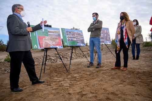 Junta retira 6.300 toneladas de residuos de los cauces de Almería y planta más de 120.000 especies autóctonas