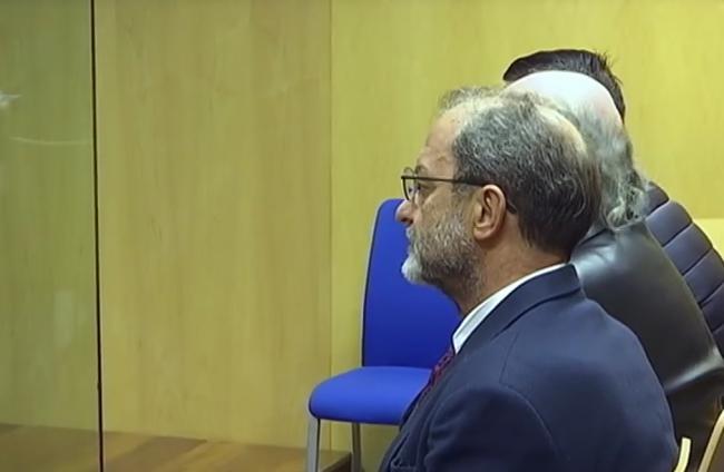 Penas económicas de 12 meses a razón de 4 euros diarios para los acusados del 'taladrazo' de la Alcazaba