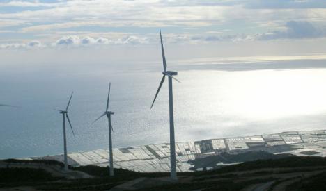 11.300 empleos en Almería están en el aire por el colapso en la aprobación de informes medioambientales de la Junta