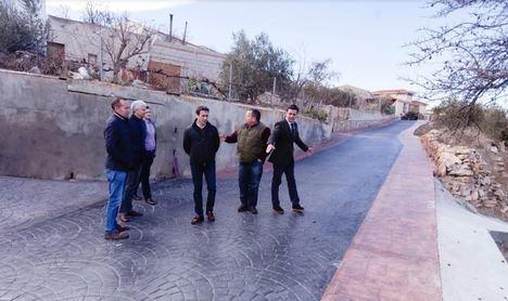 Diputación aprueba 177.000 € para mejorar el pavimento de Alcóntar y Santa Cruz