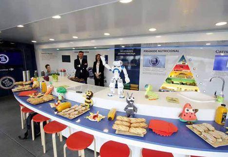 Almería 2019 aparca la caravana 'Act for food' en las Almadrabillas