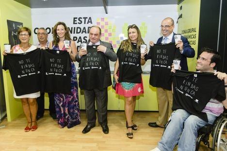 """""""Esta oportunidad no pasa todos los días"""", el roadshow de Fundación ONCE llega a Almería para acercar a los jóvenes con discapacidad al empleo"""