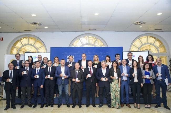 Diputación apoya la candidatura de Almería 2019