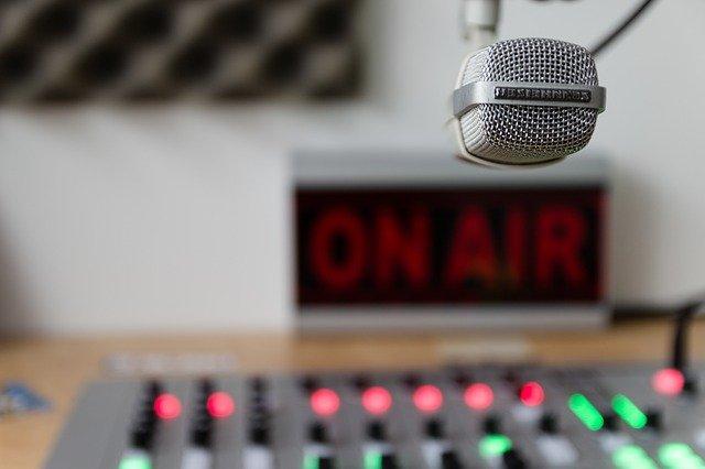 La Universidad de Almería promueve una Red de Radios Escolares