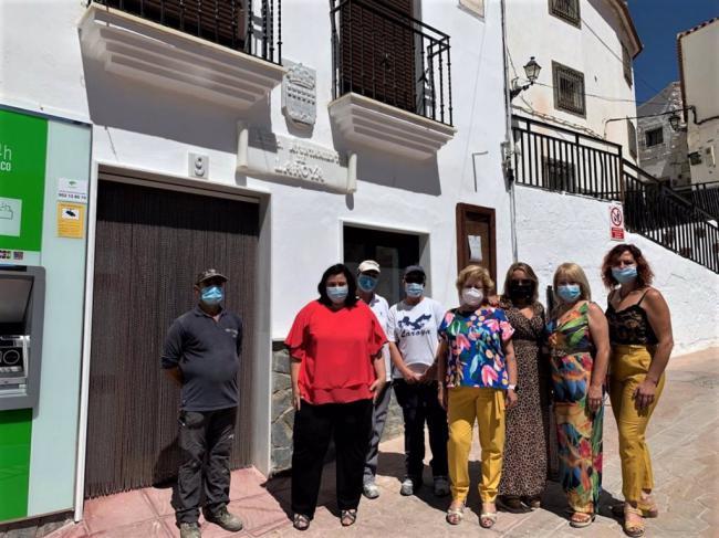 Laroya moderniza su casa consistorial gracias al PFEA