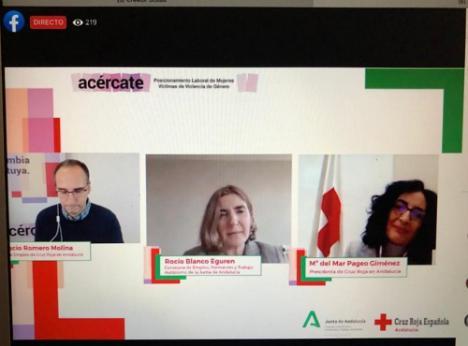 SAE y Cruz Roja capacitan a 98 mujeres víctimas de violencia de género en Almería