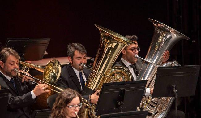 La Banda Sinfónica Municipal convence con su concierto de producción española