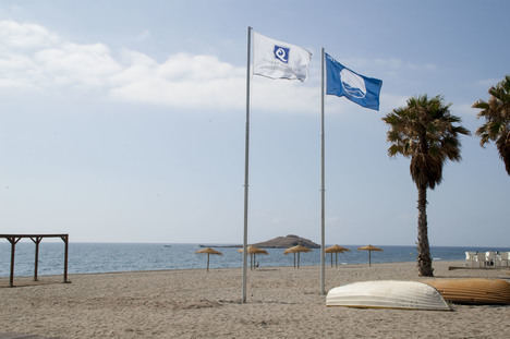 Carboneras presumirá este verano de 4 Banderas Azules