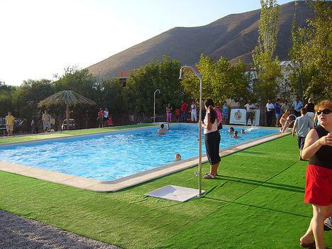 Las piscinas municipales de Berja abren al público este lunes