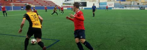 El Berja CF gana en Armilla a pesar de ser castigados con dos penaltis (2-3)
