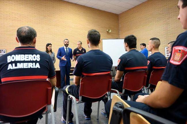 Se incorporan 10 nuevos bomberos a la plantilla de Almería