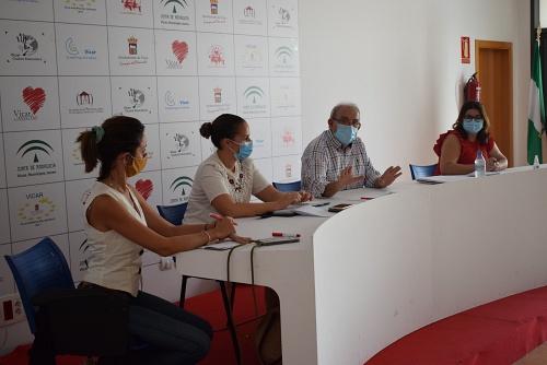 Bonilla Presenta Un Plan Reforzado De Limpieza para los colegios ese curso