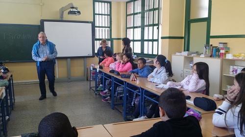 Bonilla responde a Escolares De Primaria Sobre Igualdad De Género