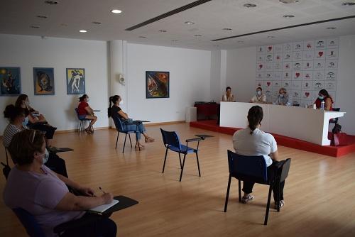 Bonilla Se Reúne Con Las AMPAs De Vícar para explicar el inicio del curso
