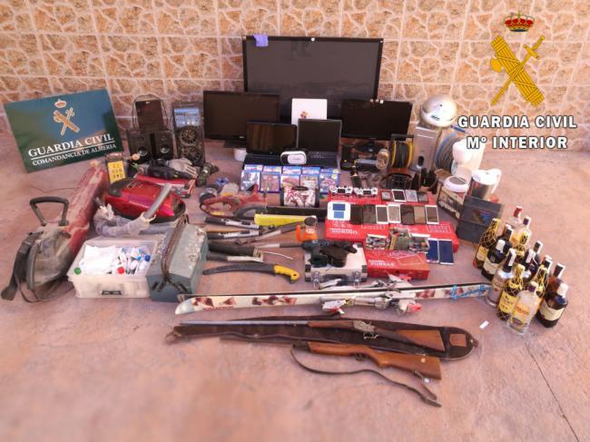 La Guardia Civil detiene a cuatro personas y esclarece 11 robos con fuerza entre Almería y Murcia