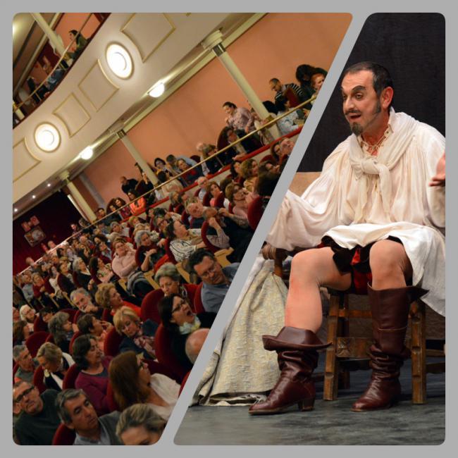 Un abarrotado Teatro Apolo lo pasa en grande con las andanzas de 'El Buscón' de Quevedo