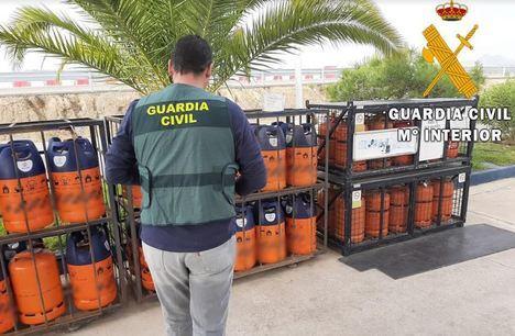 Detenido por robar 22 botellas de butano en dos gasolineras