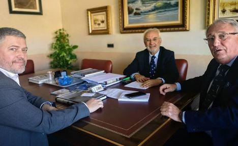 Fomento estudiará una nueva conexión por carretera al Puerto de Carboneras