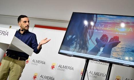 Almería se promociona en 30 estaciones del Metro de Madrid