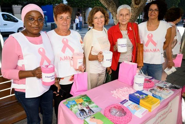 Ayuntamiento y AMAMA conmemoran el Día Internacional del Cáncer de Mama