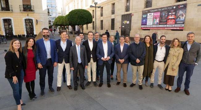 El PP pide a los almerienses su voto para que Sánchez salga de la Moncloa
