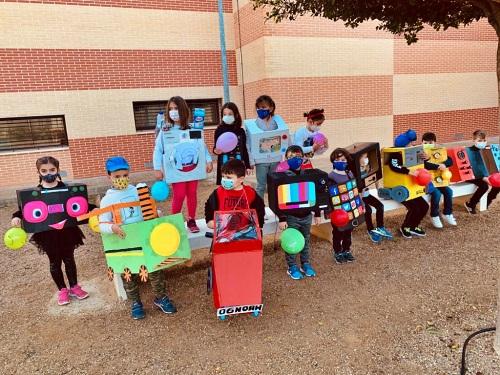 El Carnaval Se Refugia De La Pandemia En Los Colegios De Vícar