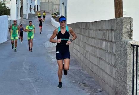 Vícar Vive La Experiencia Del Triatlón La Pintoresca Con Alta Nota De Aceptación