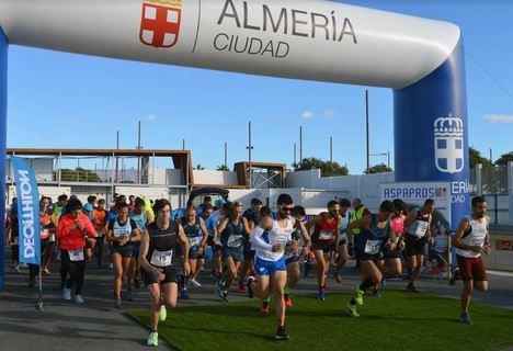 Raúl Díez y Paula Ramírez ganan la V Carrera Aspapros