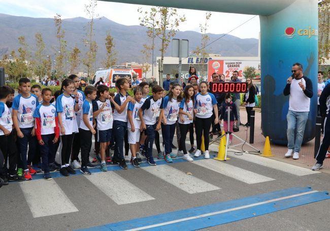 600 corredores en la V Cross Urbana Solidaria Liceo Mediterráneo