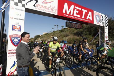 600 ciclistas en el desafío de la X Carrera 'MTB- ACD Bomberos del Levante'