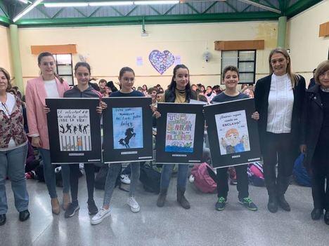"""El IES Aguadulce entrega los premios del concurso """"Día Mundial sin Alcohol"""""""