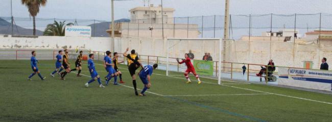 El Berja CF a Navas de San Juan a seguir fortaleciendo su tercera posición