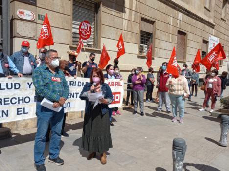 CCOO y UGT Almería se concentran por el Día Mundial de la Salud y Seguridad en el Trabajo